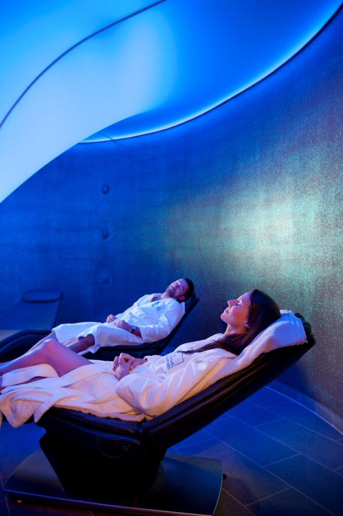 Therme Bad Radkersburg - Panasonic Schwingliege - massagesessel.at